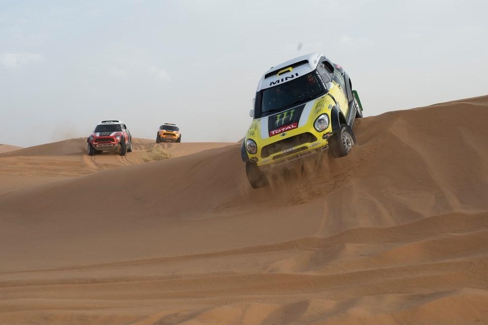 Auto Dakar 2015: le auto dei team principali - Foto 18 di 42