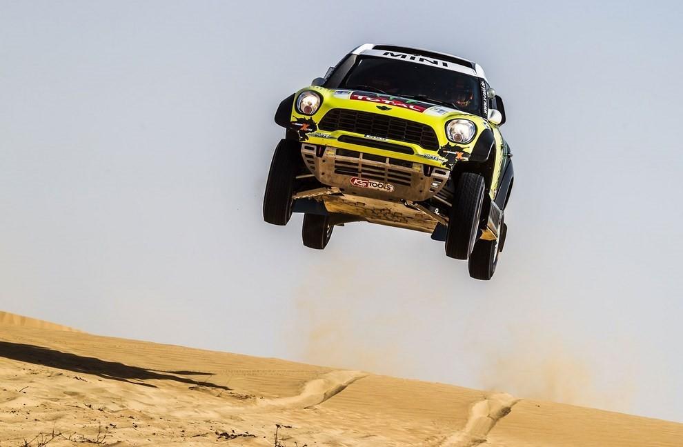 Auto Dakar 2015: le auto dei team principali - Foto 20 di 42