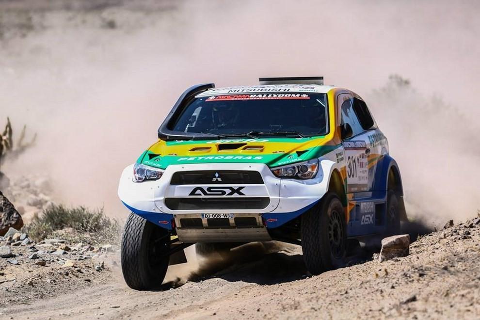 Auto Dakar 2015: le auto dei team principali - Foto 21 di 42
