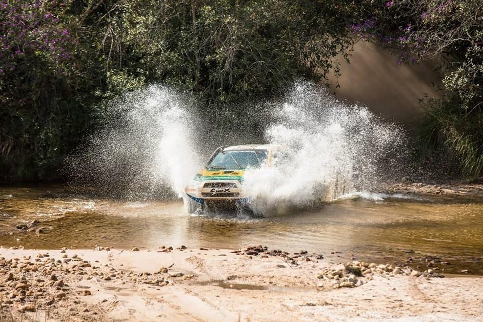 Auto Dakar 2015: le auto dei team principali - Foto 26 di 42