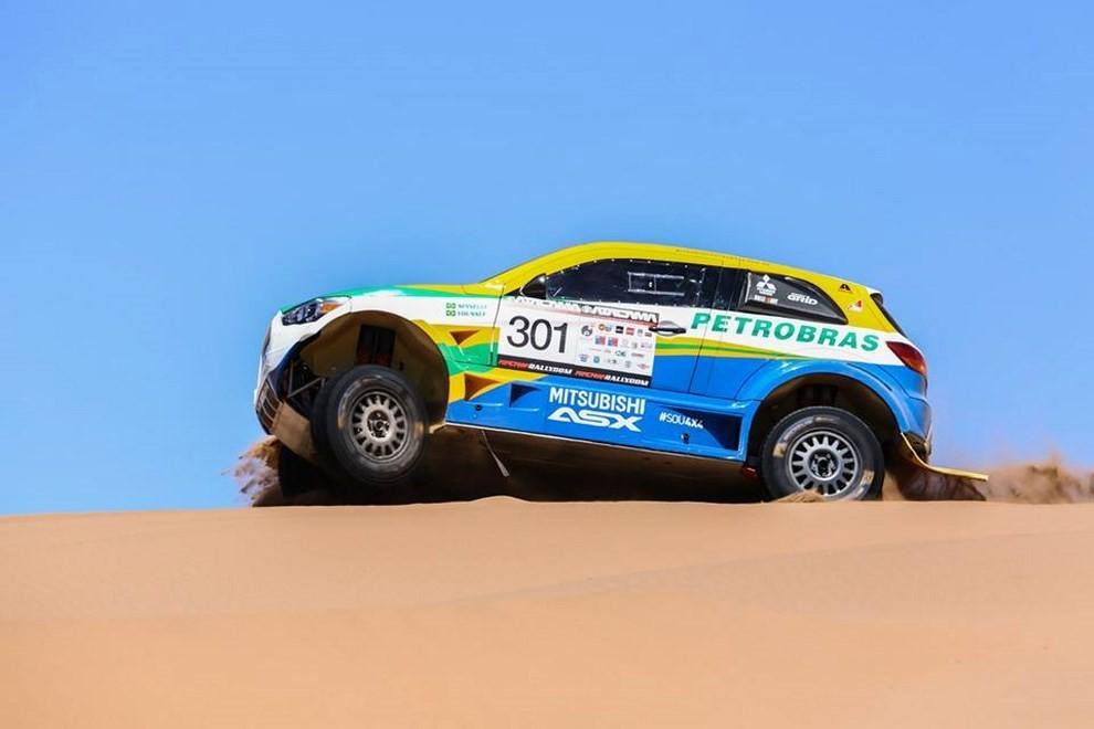 Auto Dakar 2015: le auto dei team principali - Foto 27 di 42