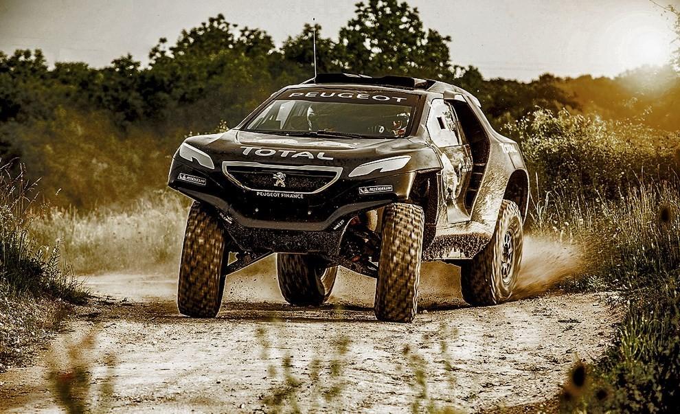 Auto Dakar 2015: le auto dei team principali - Foto 28 di 42