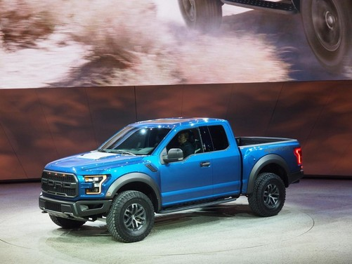 Ford F-150 Raptor: il pick up sportivo per ogni terreno