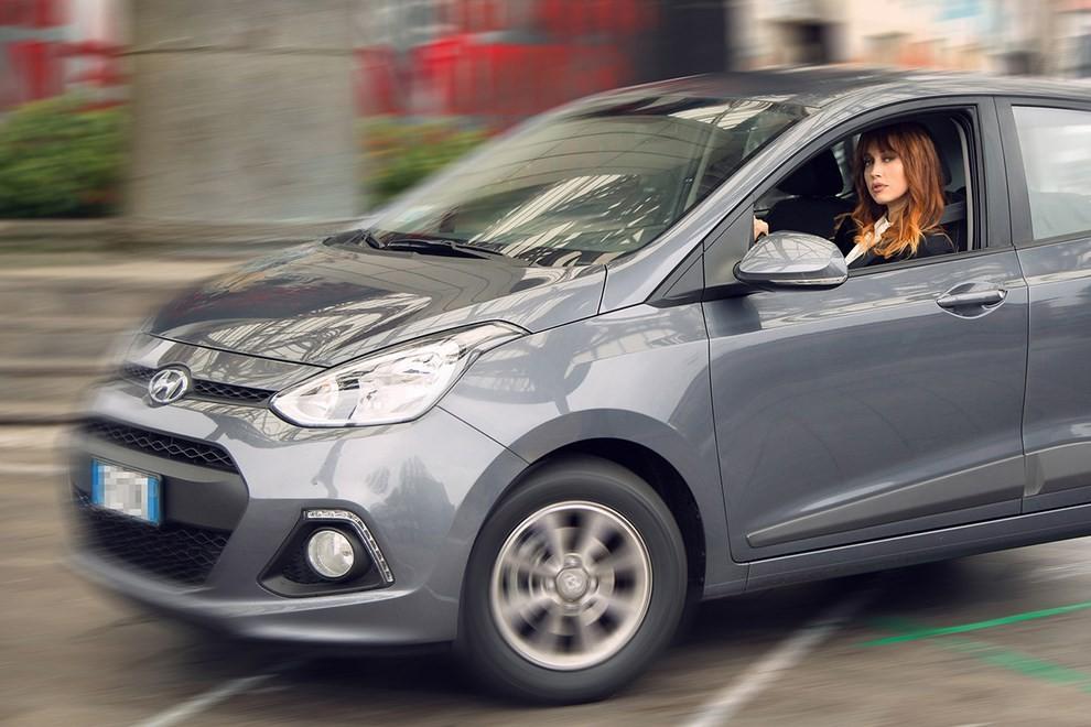 Chiara Francini sceglie Hyundai i10 Sound Edition - Foto 2 di 3