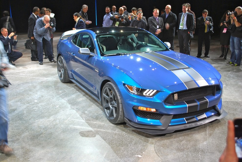 Ford Mustang Shelby GT350R - Foto 2 di 11