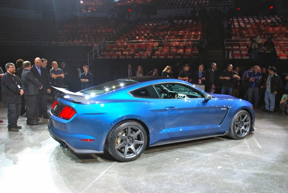 Ford Mustang Shelby GT350R - Foto 6 di 11