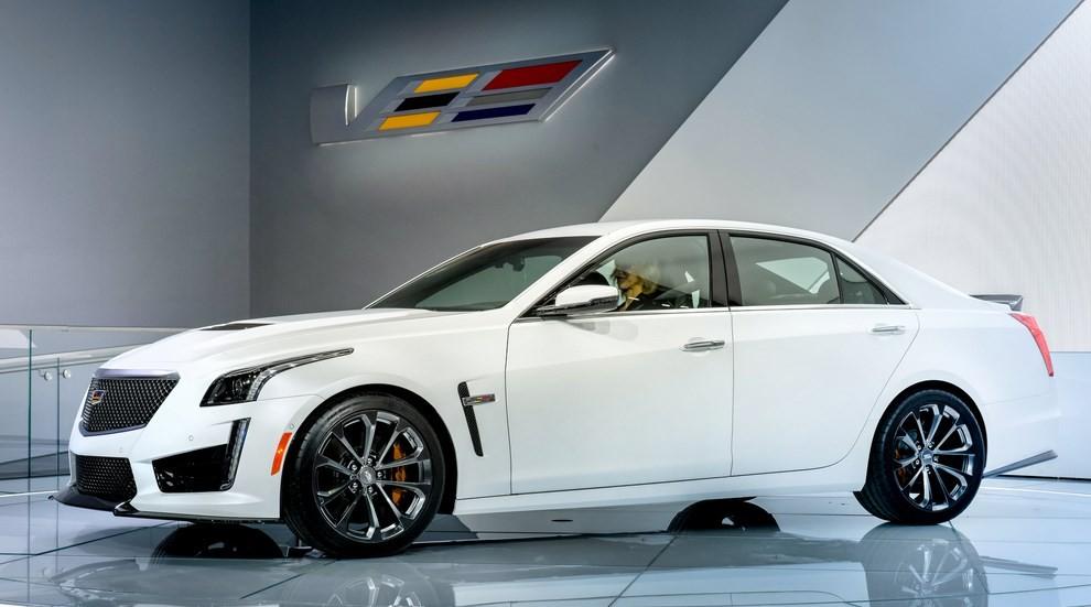 Cadillac CTS-V: supersportiva di lusso all'americana - Foto 1 di 11