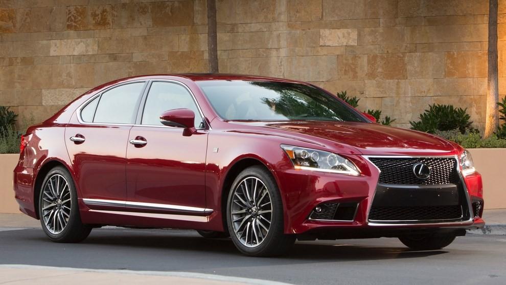 Lexus LS: tutti gli allestimenti, i motori ed i prezzi - Foto 1 di 3