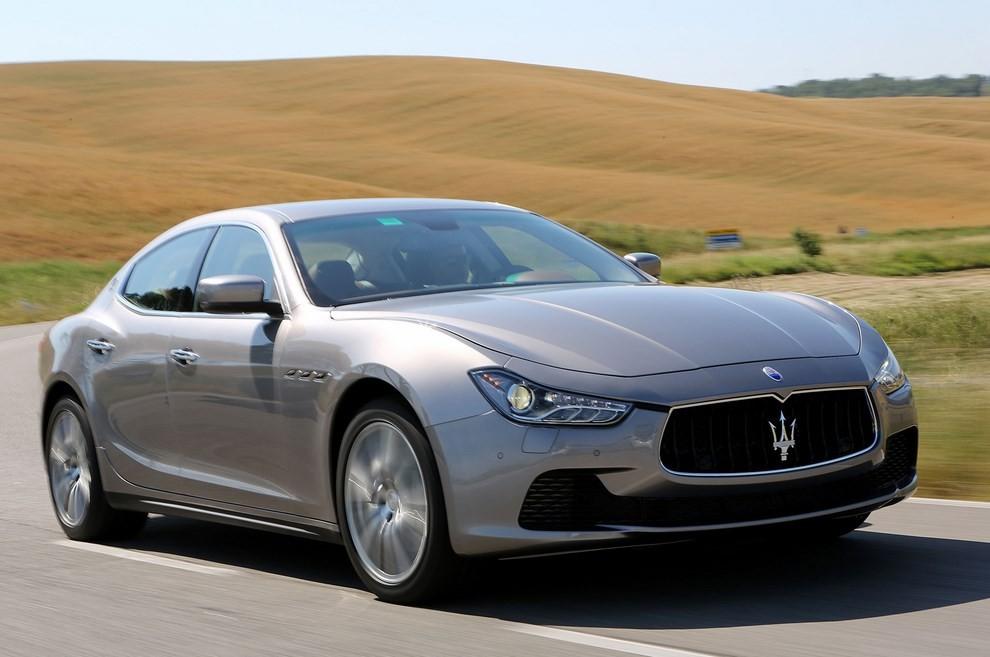 Maserati Ghibli: le informazioni sulla gamma ed i prezzi - Foto 1 di 4