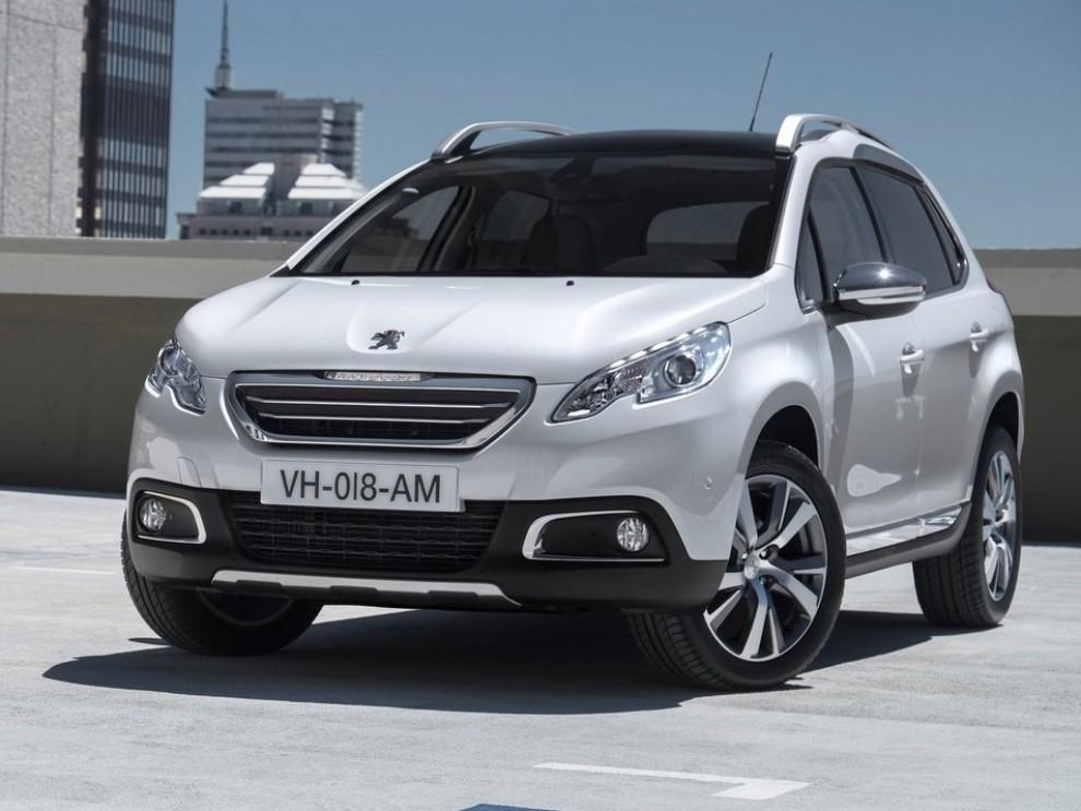 Peugeot 2008 - Foto 1 di 3
