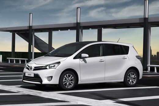 Nuova Toyota Verso