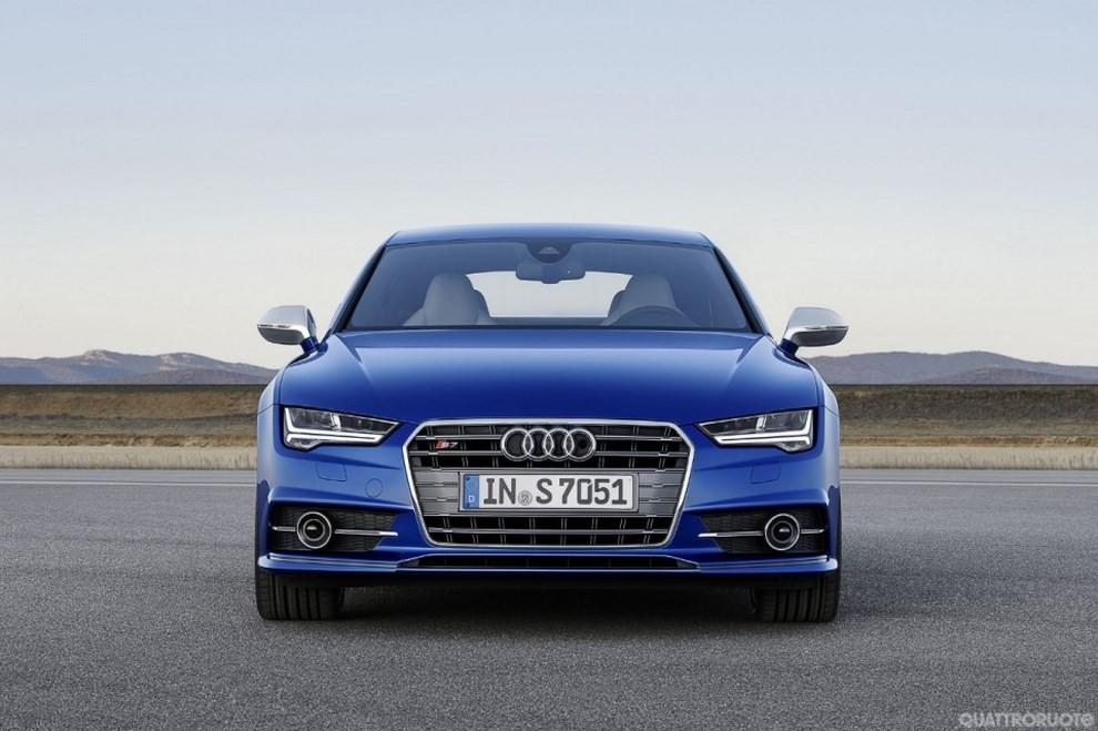 La gamma di Audi A7 si completa con le sportivissime S7 ed RS7 - Foto 1 di 17