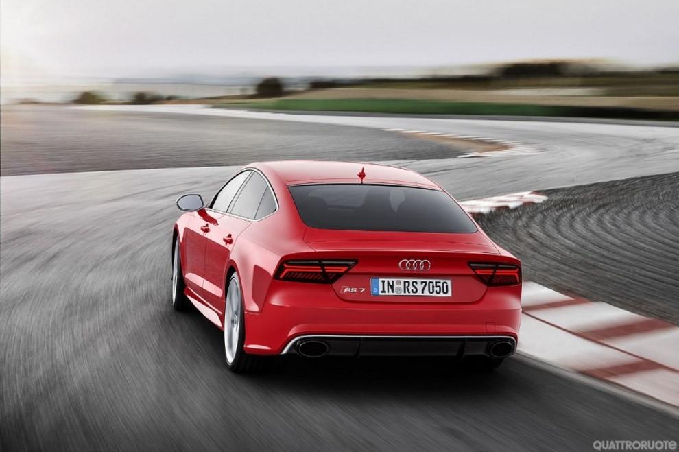 La gamma di Audi A7 si completa con le sportivissime S7 ed RS7 - Foto 3 di 17