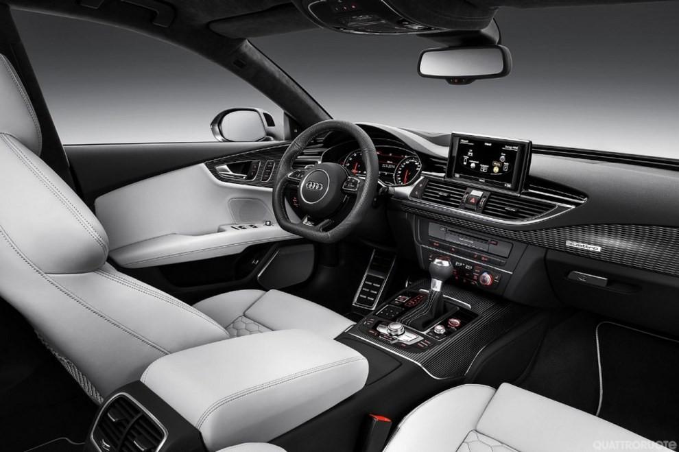 La gamma di Audi A7 si completa con le sportivissime S7 ed RS7 - Foto 5 di 17