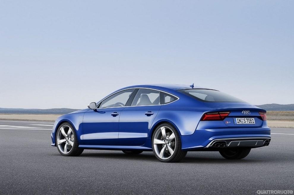 La gamma di Audi A7 si completa con le sportivissime S7 ed RS7 - Foto 8 di 17