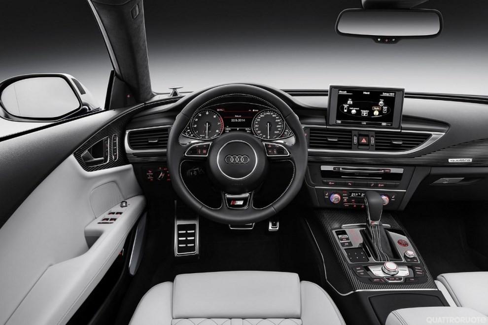 La gamma di Audi A7 si completa con le sportivissime S7 ed RS7 - Foto 14 di 17