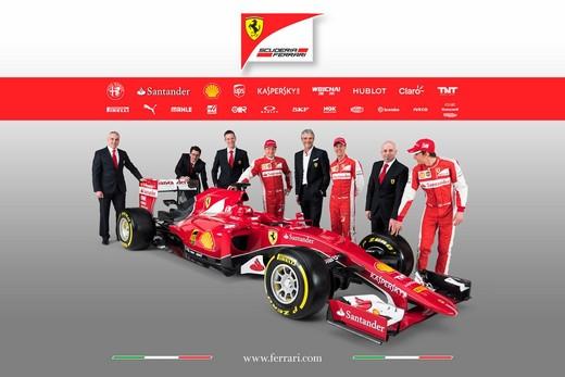 Presentata la Ferrari per il mondiale di Formula 1 2015: ecco la SF15-T