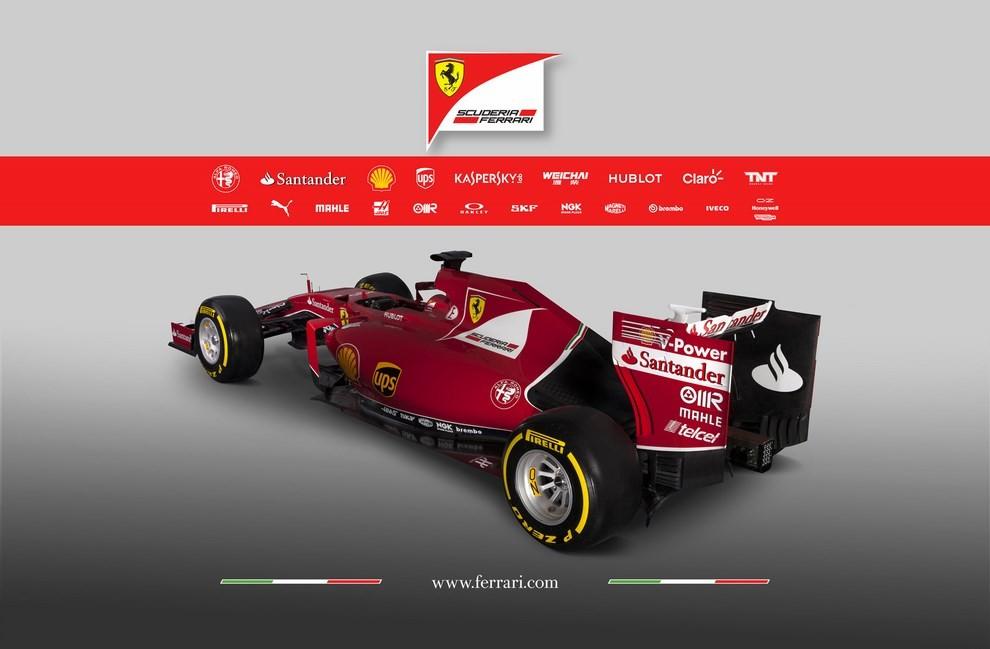 Presentata la Ferrari per il mondiale di Formula 1 2015: ecco la SF15-T - Foto 7 di 13