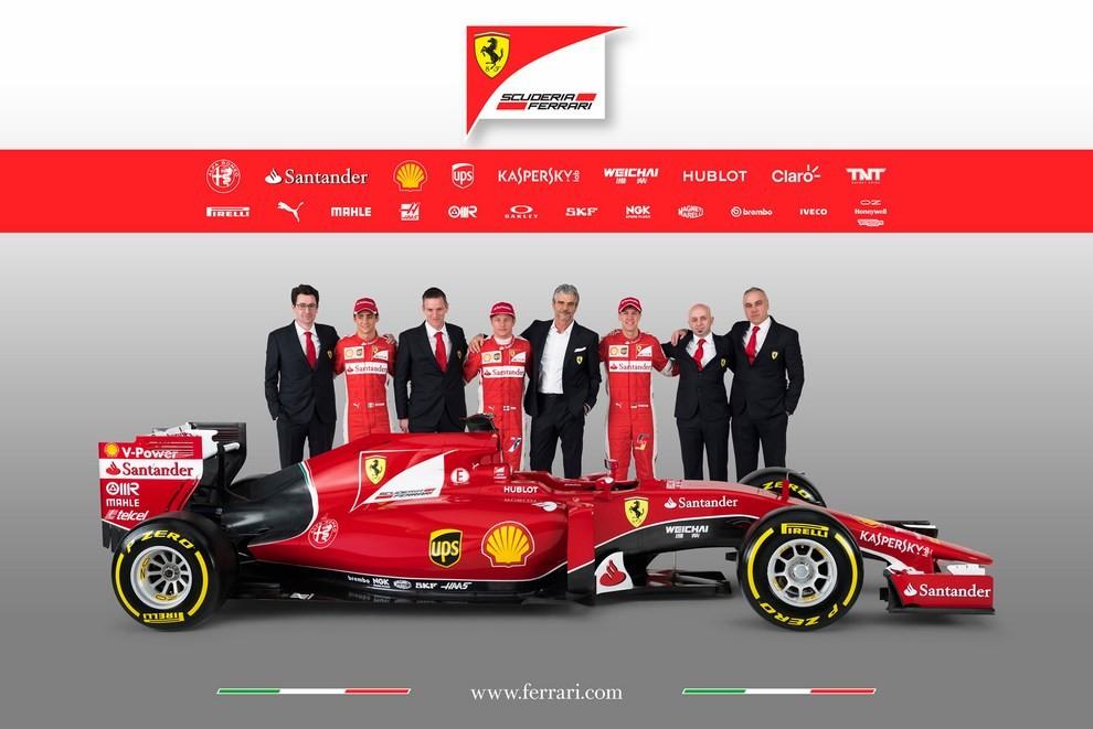 Presentata la Ferrari per il mondiale di Formula 1 2015: ecco la SF15-T - Foto 11 di 13