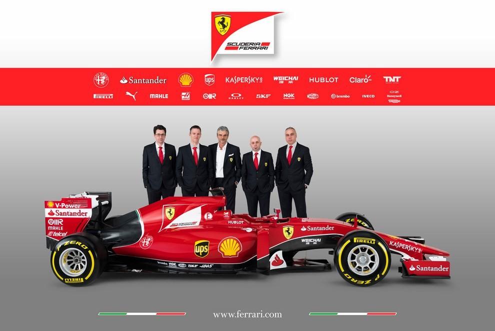 Presentata la Ferrari per il mondiale di Formula 1 2015: ecco la SF15-T - Foto 12 di 13