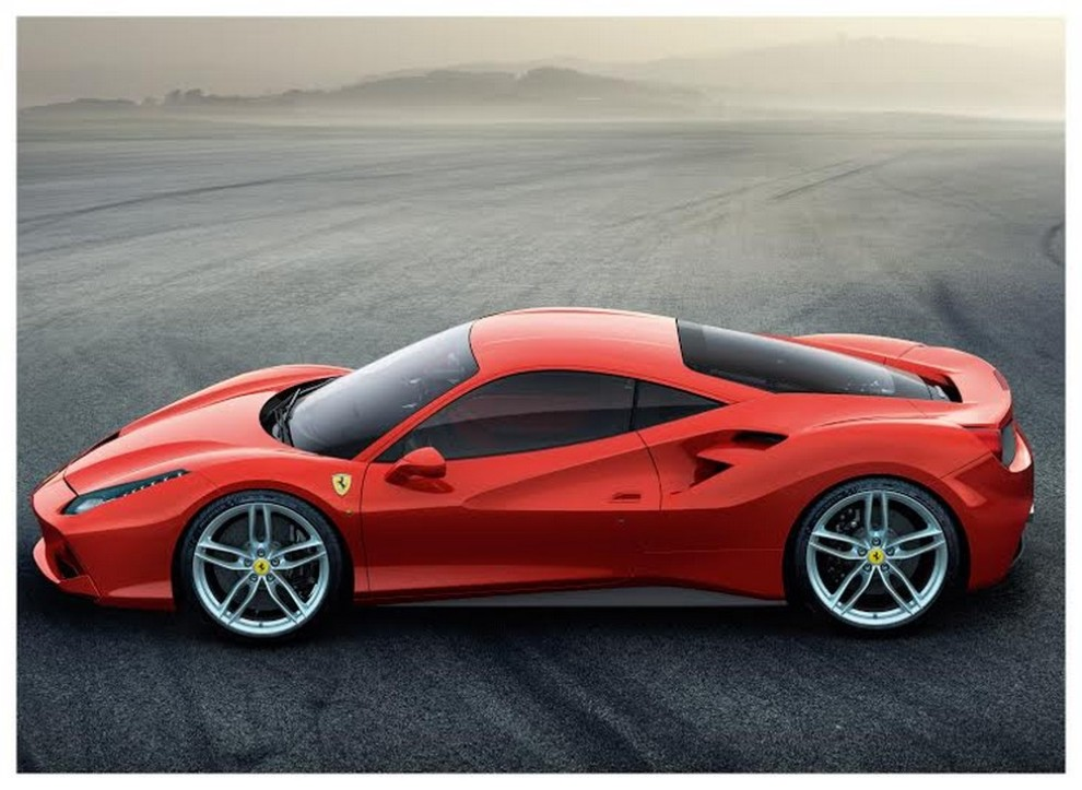 Motore Ferrari V8 per la 4° volta International Engine & Powertrain of the Year - Foto 3 di 10