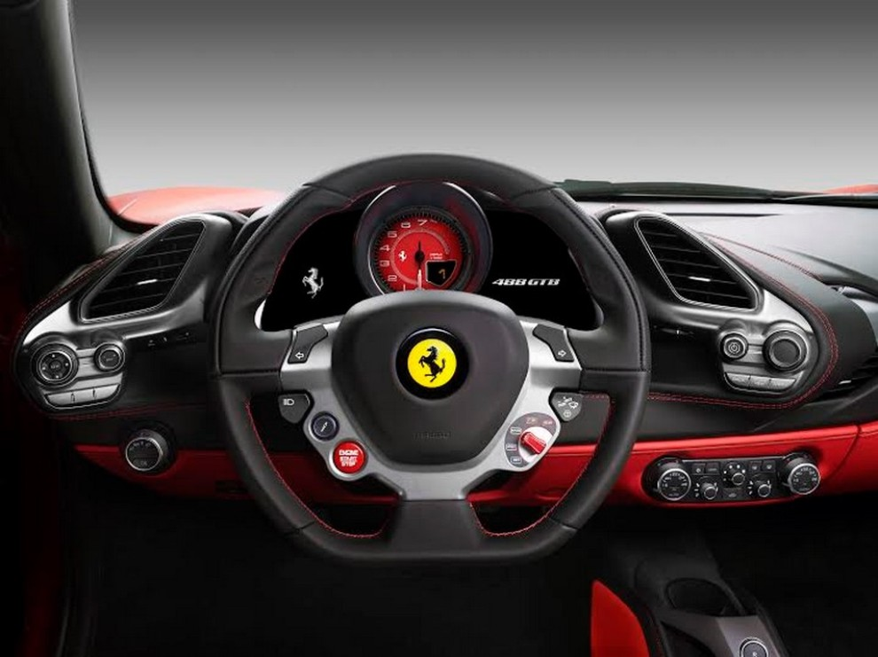 Motore Ferrari V8 per la 4° volta International Engine & Powertrain of the Year - Foto 4 di 10