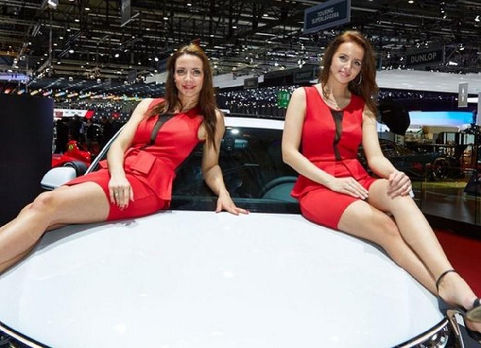 Le ragazze più belle al Salone di Ginevra - Foto 1 di 18