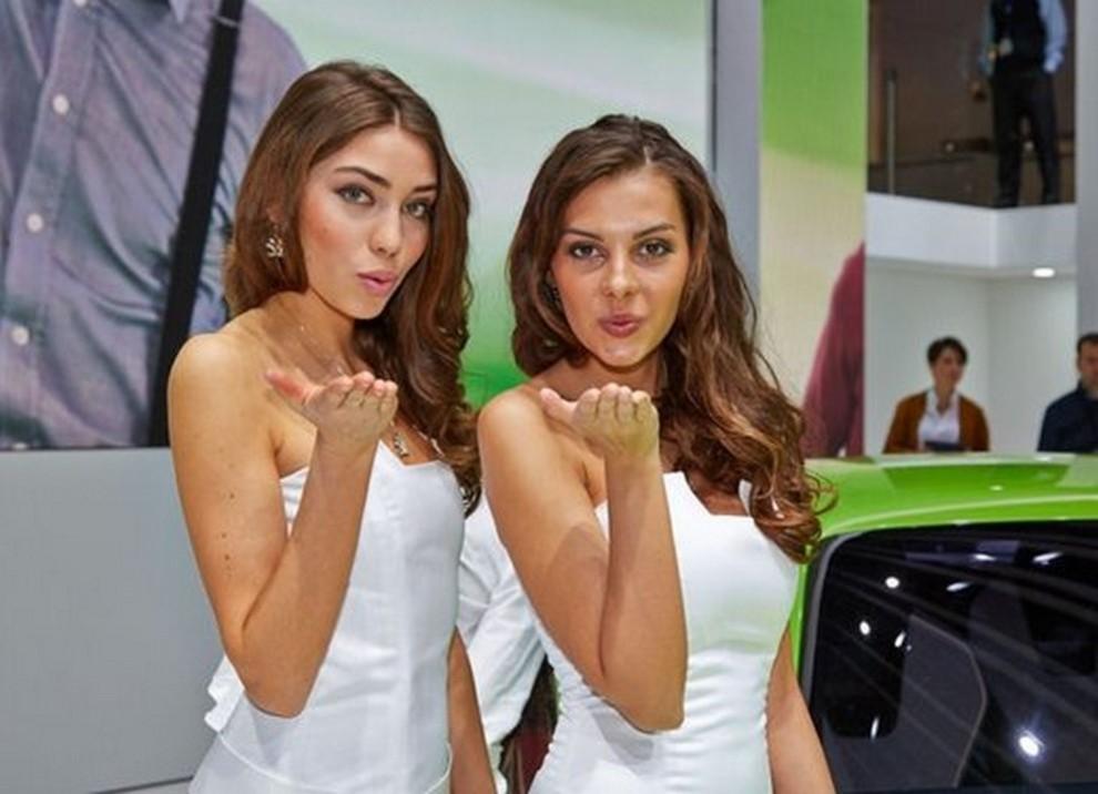 Le ragazze più belle al Salone di Ginevra - Foto 6 di 18