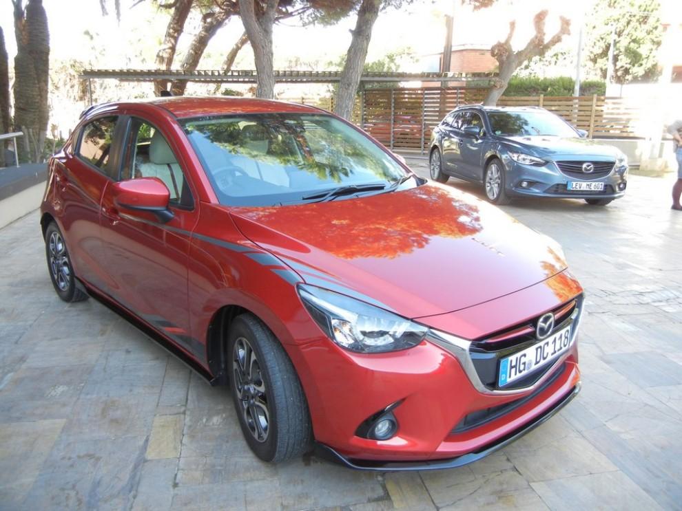 Nuova Mazda2 prova su strada, prezzi e prestazioni - Foto 5 di 13