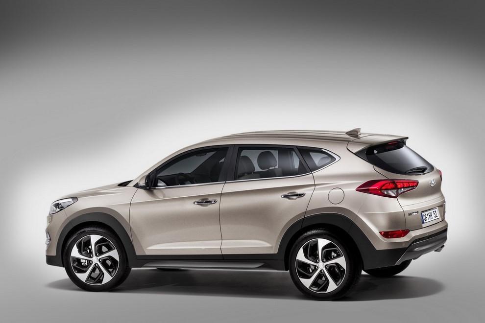 Hyundai Tucson: la gamma completa con tutti i prezzi - Foto 14 di 17