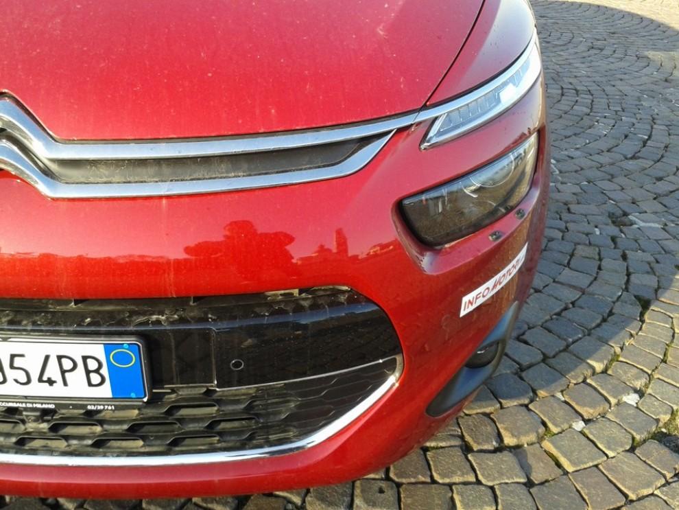 Citroën C4 Picasso 2.0 BlueHDi 150 Cv EAT6 Exclusive: prova su strada - Foto 11 di 15