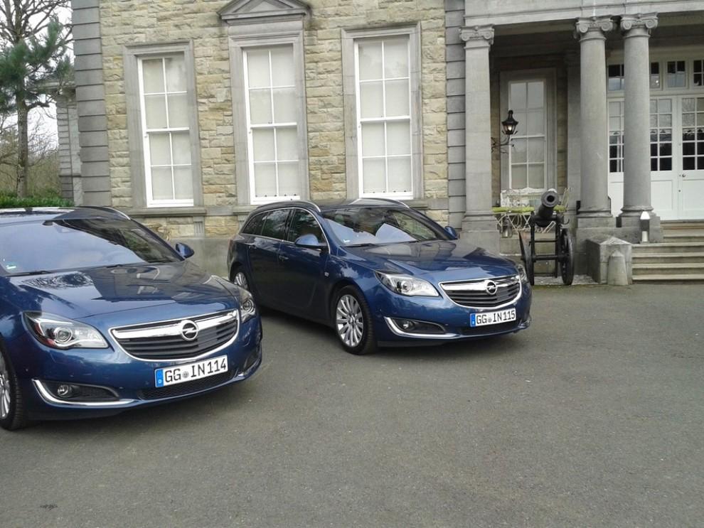 Opel Insignia: la gamma ed i prezzi del modello - Foto 2 di 14