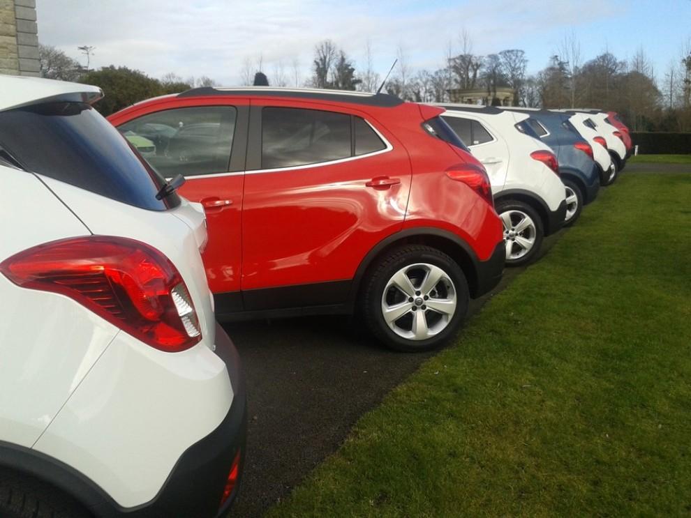 Opel Insignia: la gamma ed i prezzi del modello - Foto 7 di 14