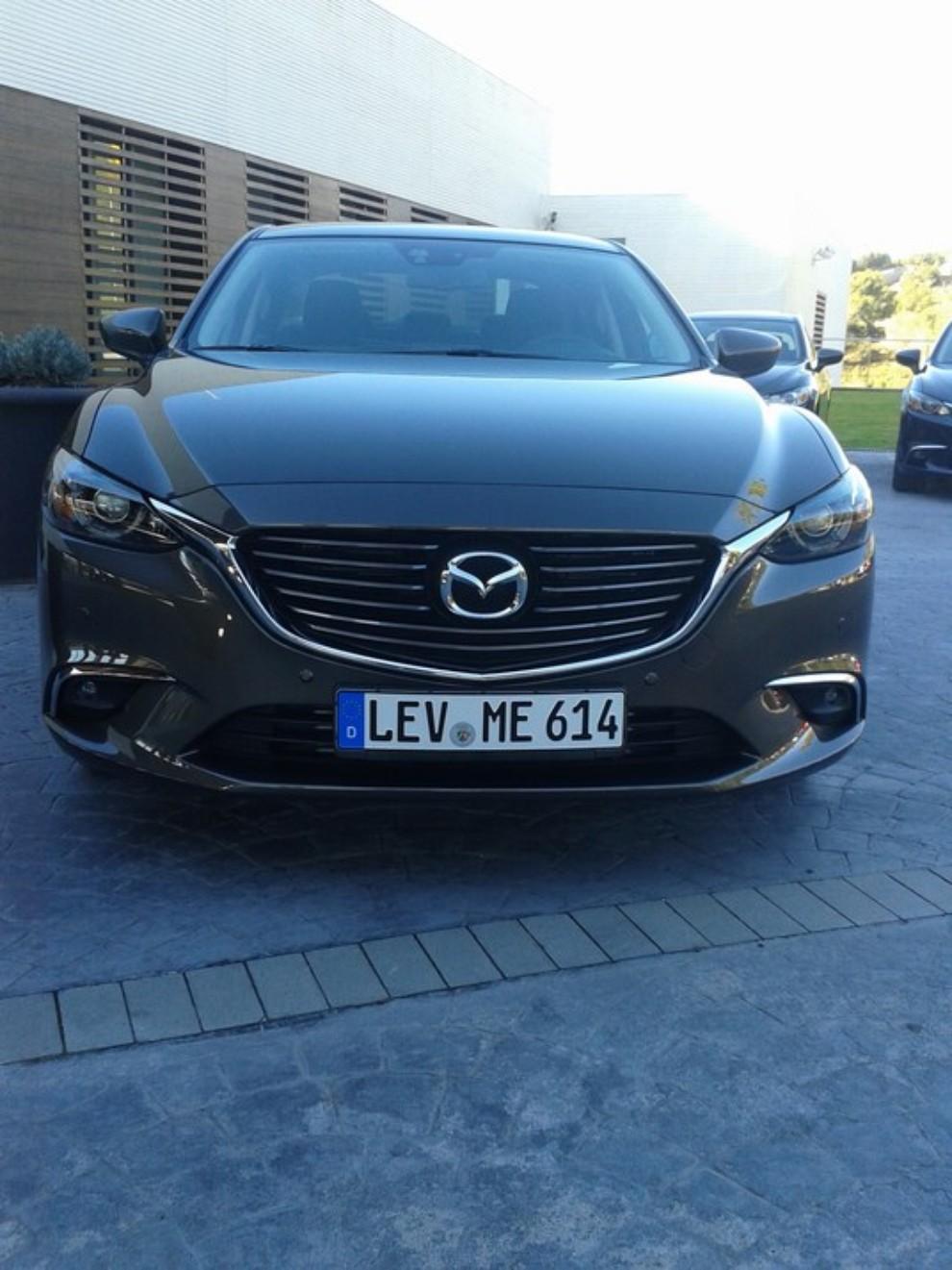 Nuova Mazda6, prova su strada e novità tecniche - Foto 4 di 12