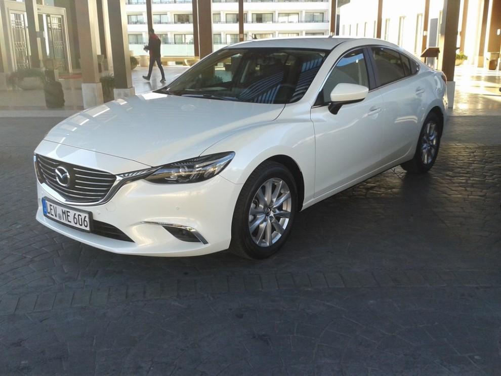 Nuova Mazda6, prova su strada e novità tecniche - Foto 6 di 12