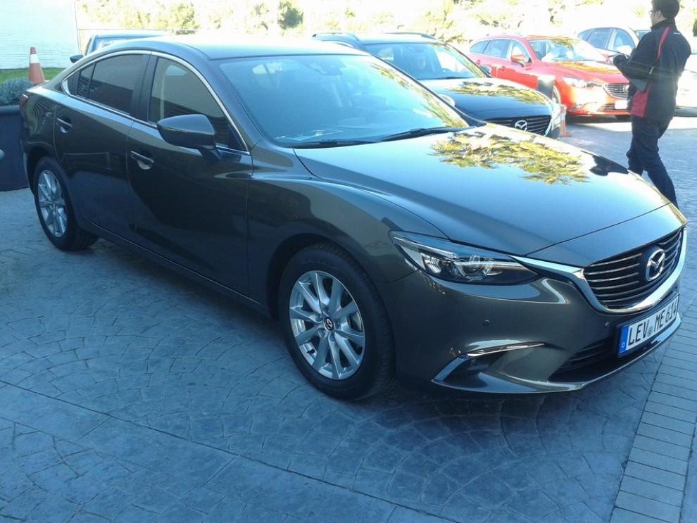 Nuova Mazda6, prova su strada e novità tecniche - Foto 8 di 12