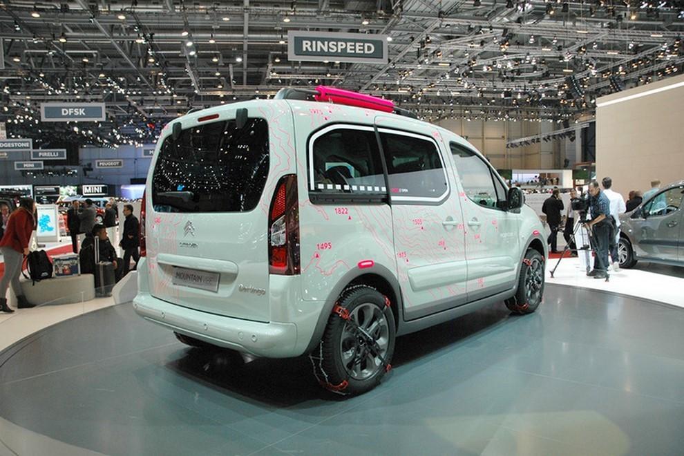 Citroën Berlingo Mountain Vibe Concept: pronta per gite all'insegna dell'allegria - Foto 2 di 4