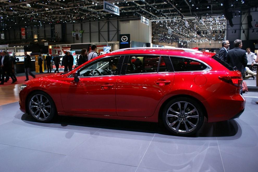 Mazda6 restyling le prime immagini - Foto 7 di 7