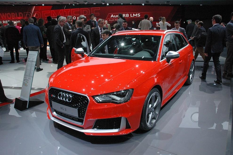 Audi RS 3 Sportback debutta la top di gamma dell'Audi A3 - Foto 1 di 11
