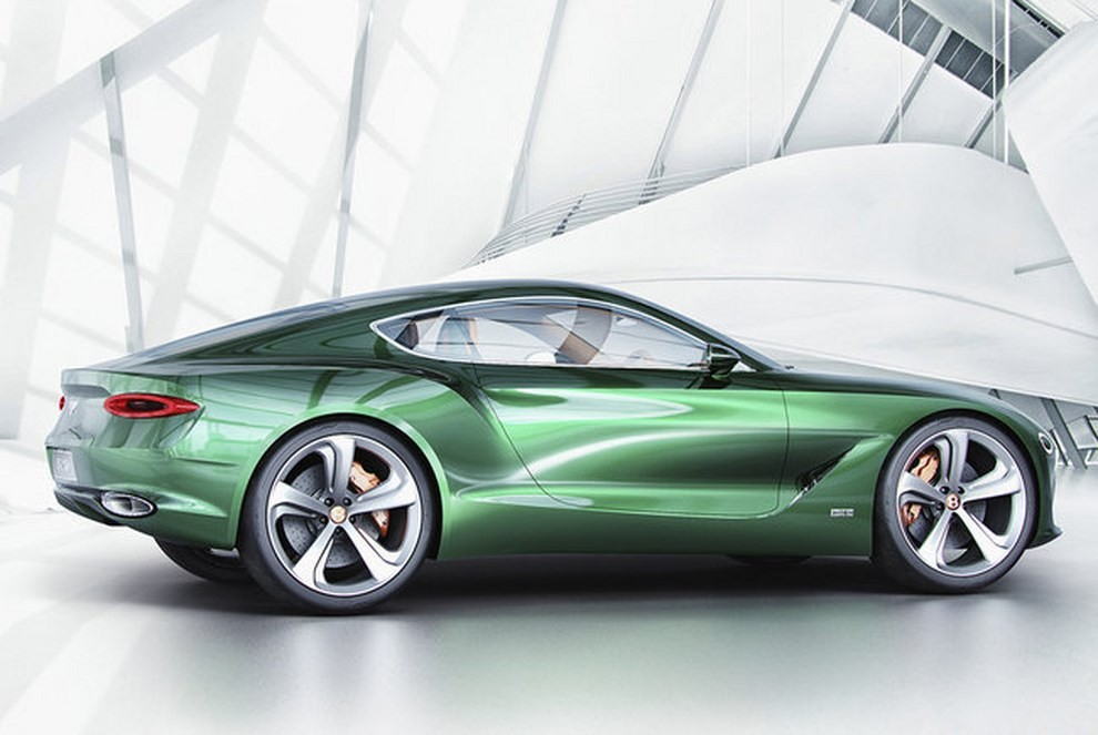 Bentley EXP 10 Speed 6 Concept - Foto 16 di 23