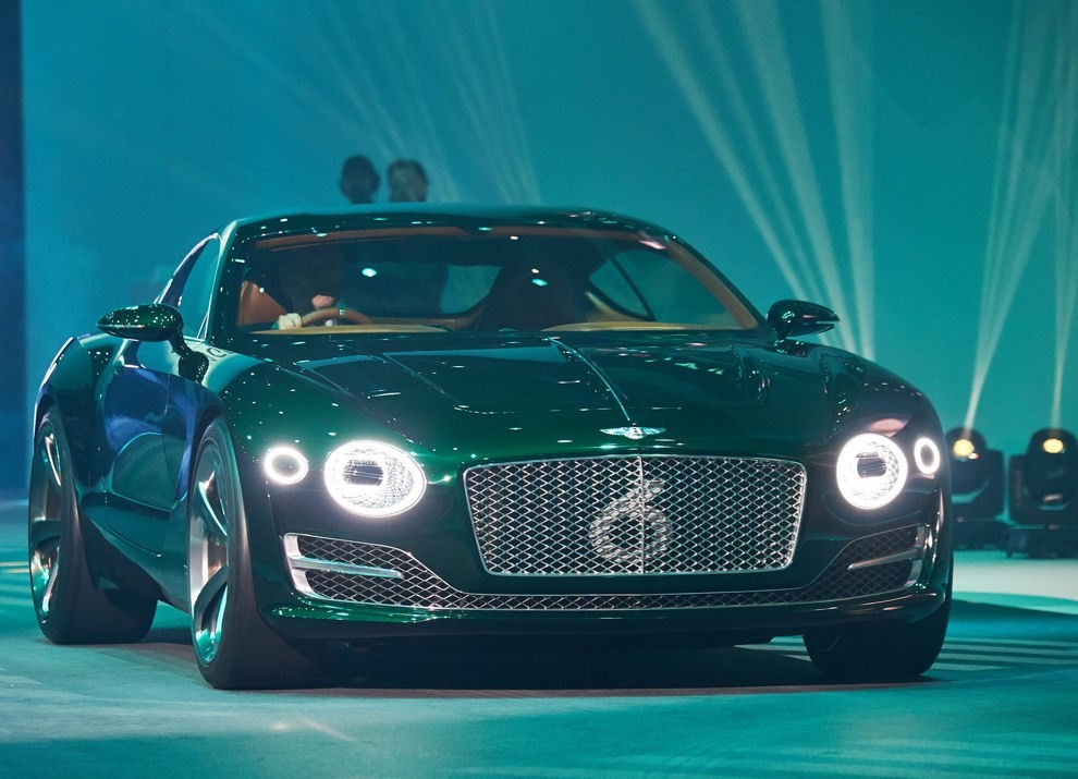 Bentley EXP 10 Speed 6 Concept - Foto 2 di 23