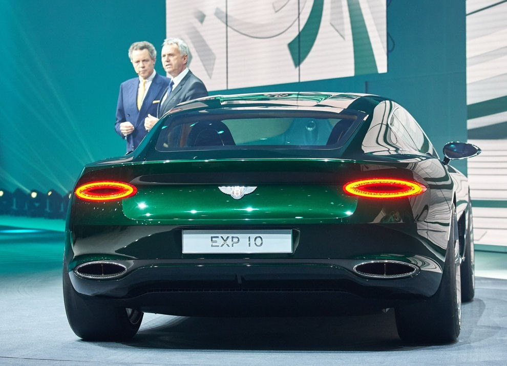 Bentley EXP 10 Speed 6 Concept - Foto 4 di 23