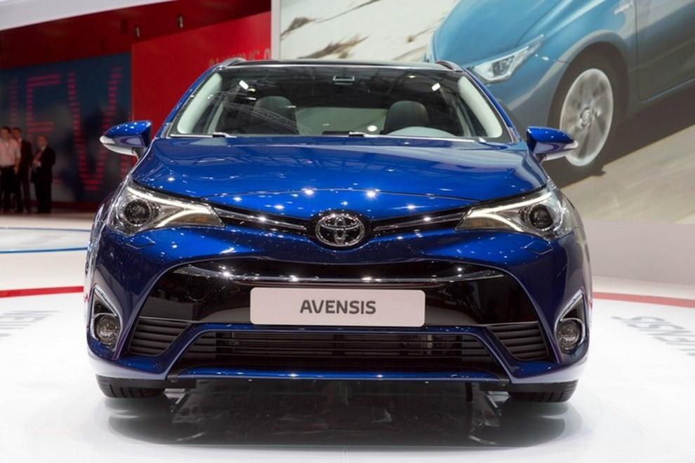 Nuova Toyota Avensis le immagini della terza generazione - Foto 1 di 6