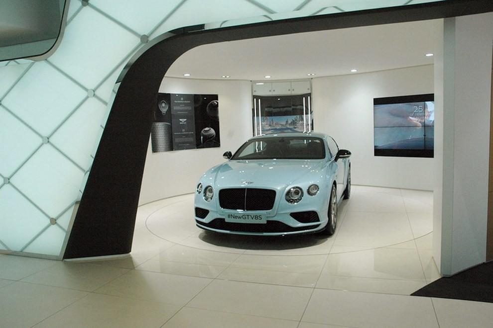 Bentley Continental GT facelift, immagini e informazioni ufficiali - Foto 3 di 14