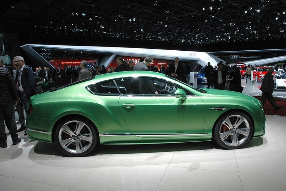 Bentley Continental GT facelift, immagini e informazioni ufficiali - Foto 10 di 14