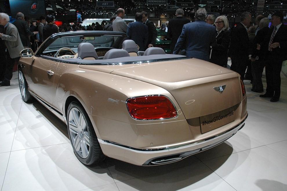 Bentley Continental GT facelift, immagini e informazioni ufficiali - Foto 11 di 14