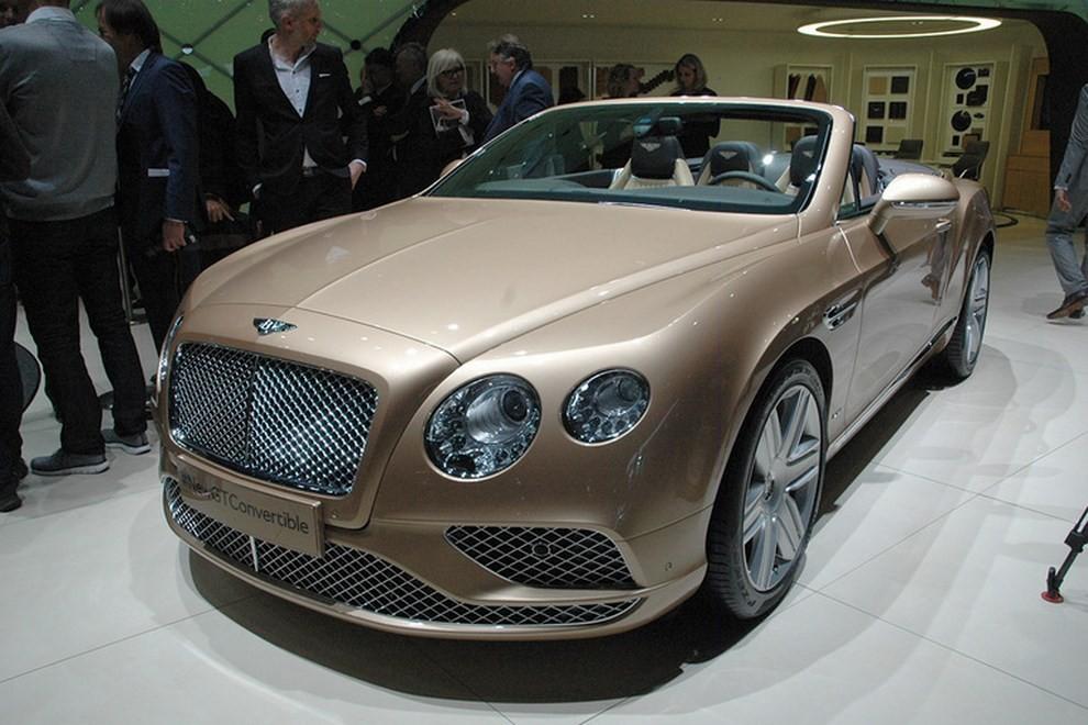 Bentley Continental GT facelift, immagini e informazioni ufficiali - Foto 12 di 14