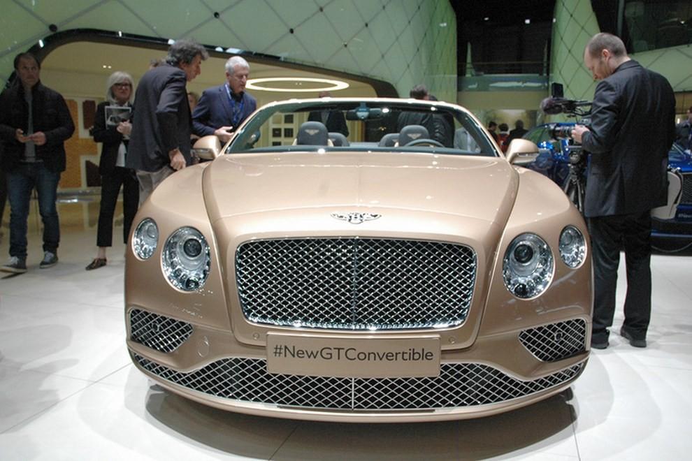 Bentley Continental GT facelift, immagini e informazioni ufficiali - Foto 13 di 14