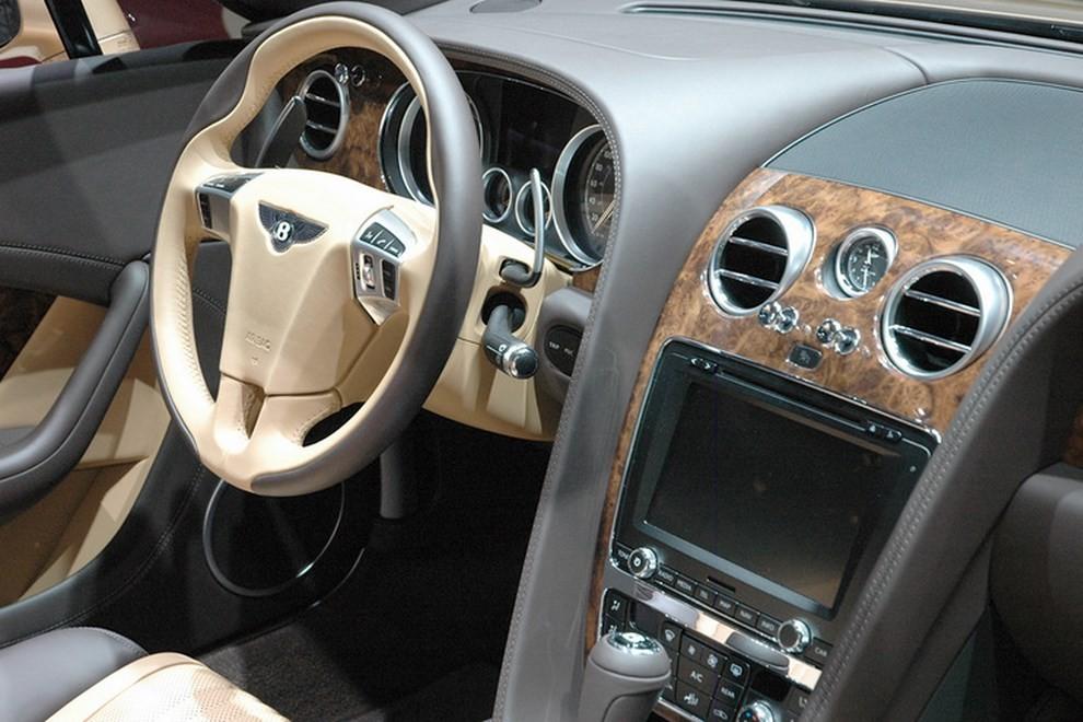 Bentley Continental GT facelift, immagini e informazioni ufficiali - Foto 14 di 14