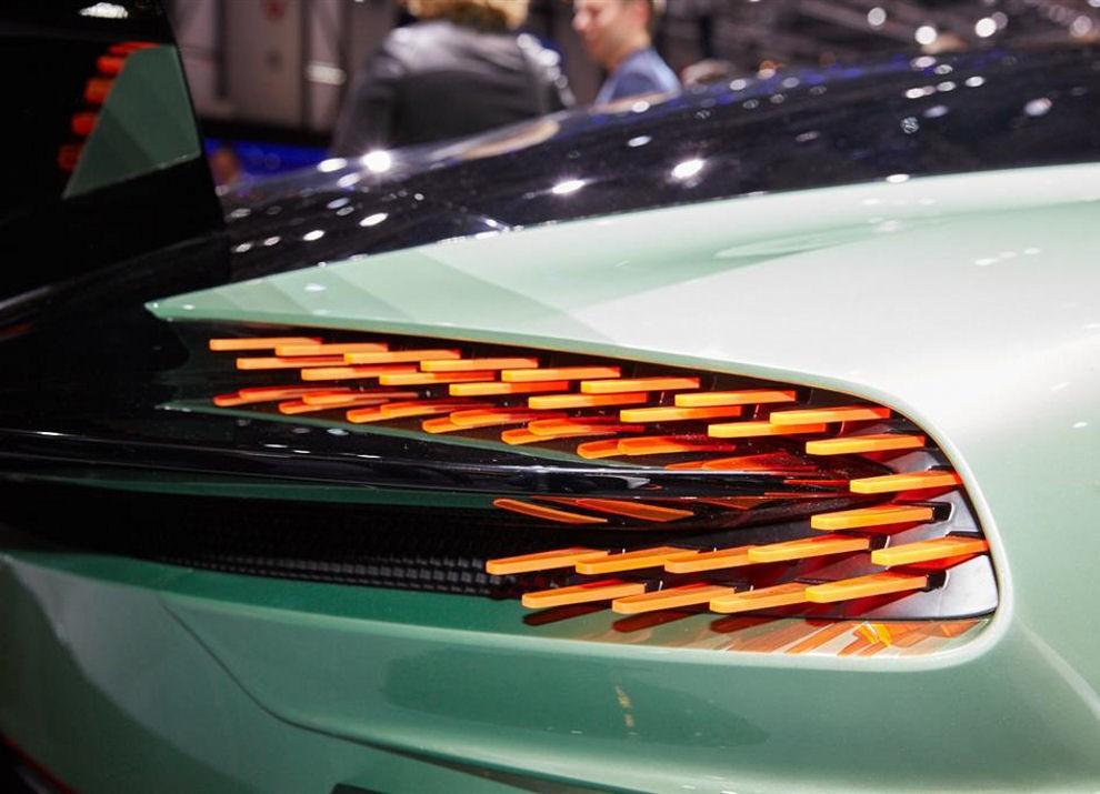 Aston Martin Vulcan prime immagini ed informazioni - Foto 7 di 11